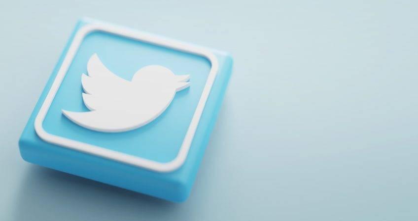 كيف نشأ موقع تويتر؟