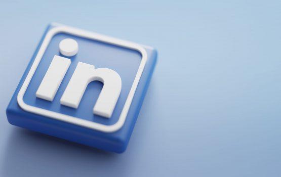 قامت Microsoft Advertising بتوسيع ملف تعريف LinkedIn ،لتجديد النشاط التسويقي الديناميكي ، واستهداف الجمهور في السوق